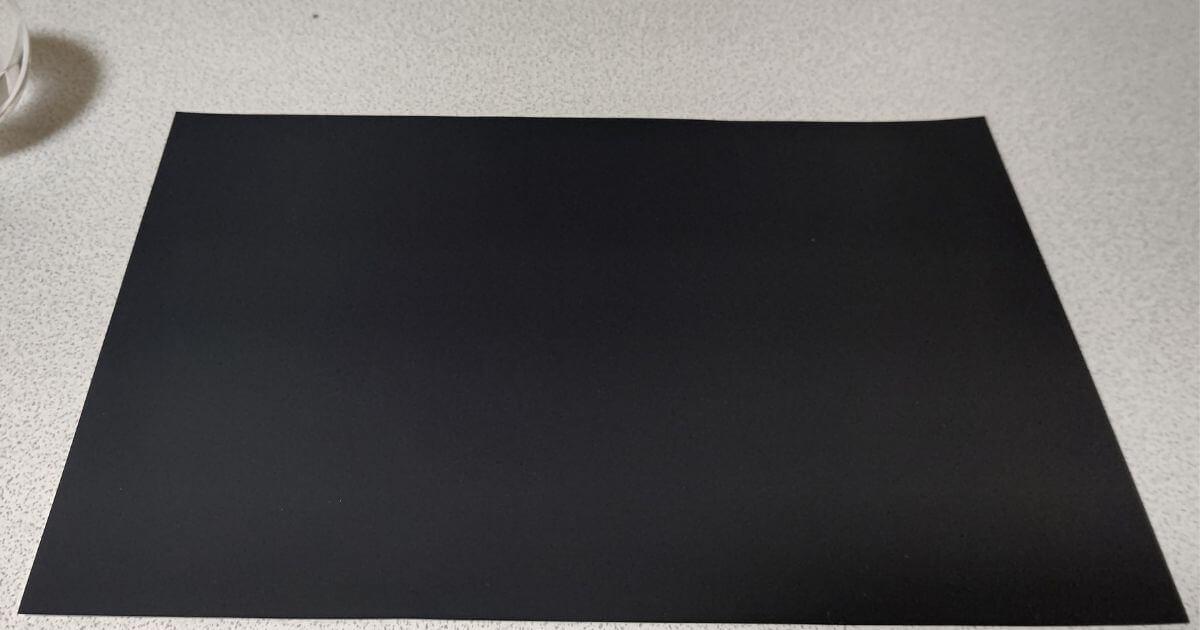 スクラッチアート用紙を切った